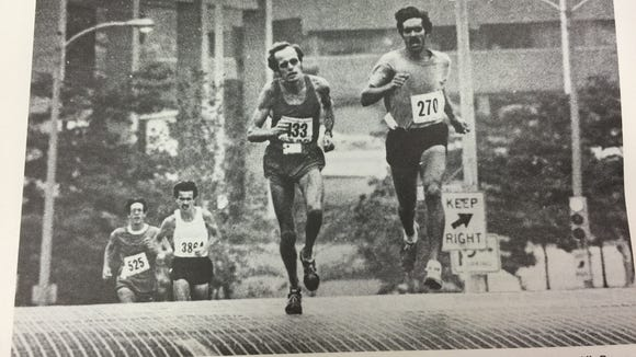 The first winner of Al's Run: Tom Hoffman in 1978, who finished in 25 minutes and  42 seconds. He has scoliosis.