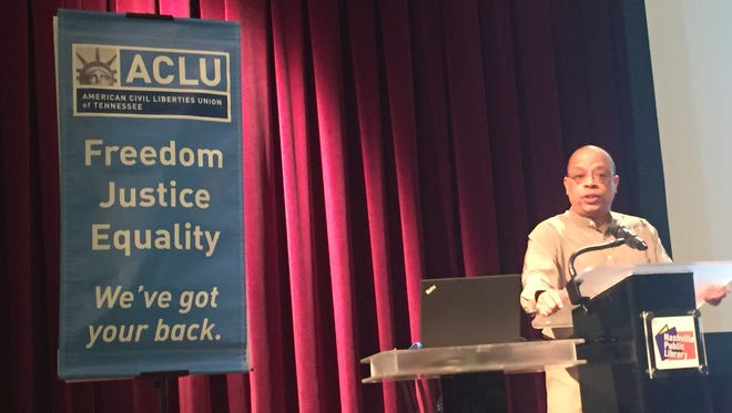 """Jeff Robinson, the American Civil Liberties Union's deputy legal director and director of the ACLU Center for Justice, speaks on """"Broken Policing: Windows for Change"""" in Nashville on Saturday, Oct. 22, 2016."""