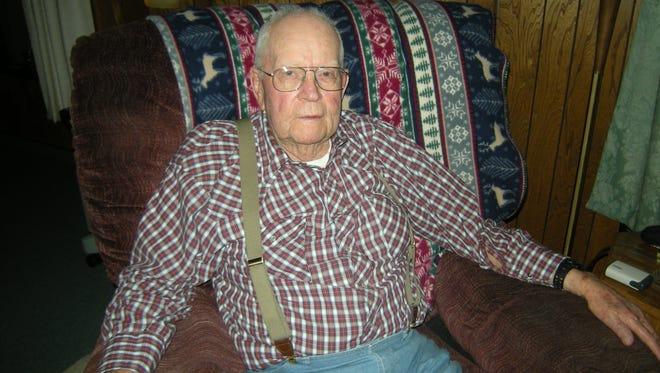 Arthur Dubbs, Hobson Veteran of Pacific campaign in World War II