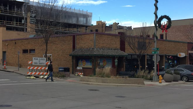 These Phillips Avenue storefronts will become Blarney Stone Irish Pub.