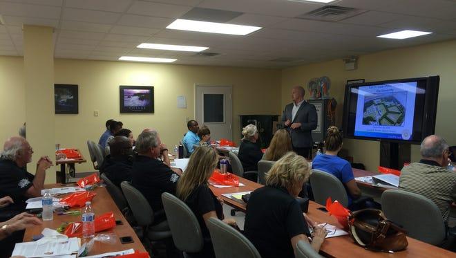 Port St. Lucie Mayor Greg Oravec speaks to a Port St. Lucie City University class in 2016.