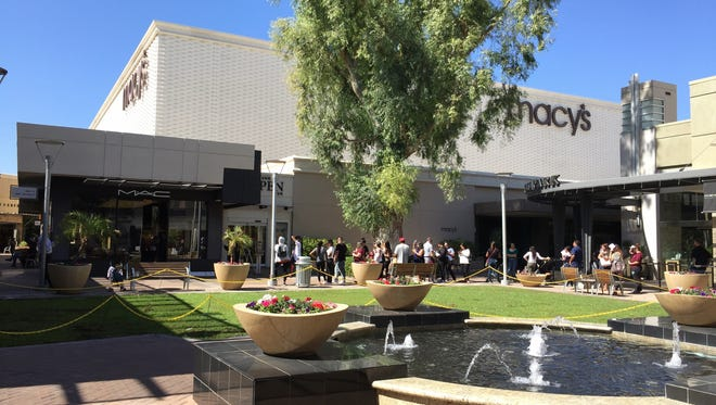 Despite the e-commerce threat, retailing and shopping malls remain vibrant in metro Phoenix.