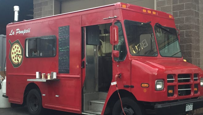 La Pompeii Pizza was parked at Zwei Brewing on March 30, 2017.