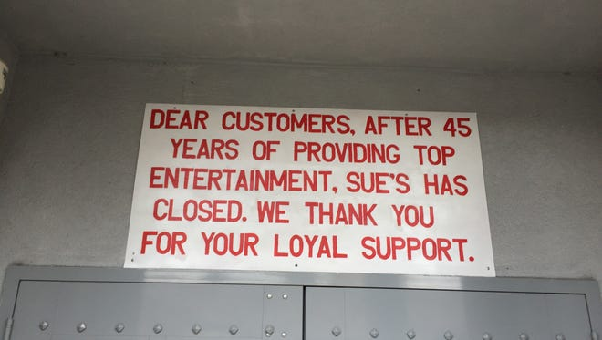 A sign posted above the entrance to Sue's Rendezvous in Mount Vernon.
