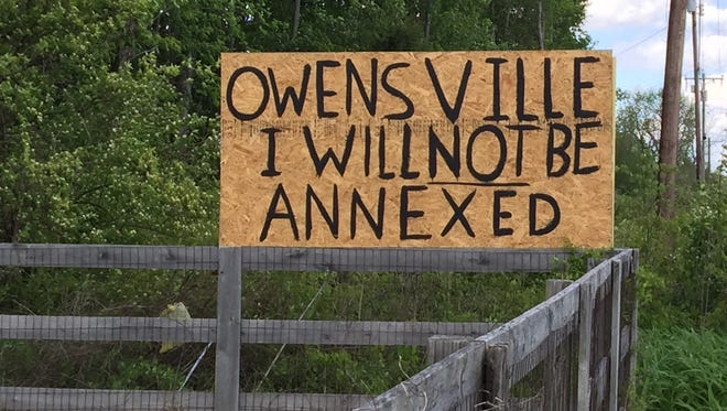 A sign posted in 2017 during an annexation effort by the Village of Owensville.