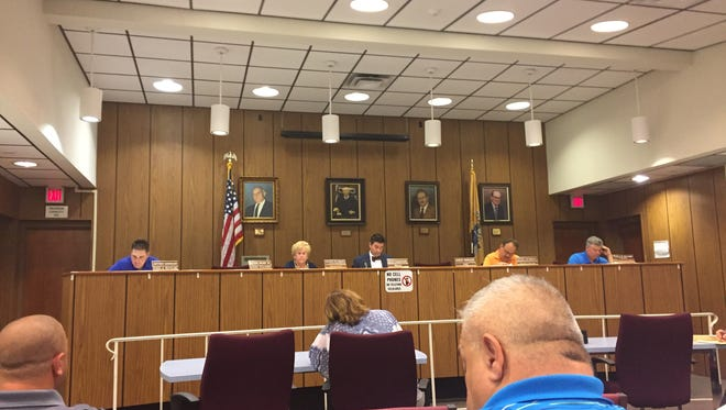Buena Borough Council held a special meeting Wednesday afternoon with officials from Vineland and Franklin to discuss one or the other taking over police coverage in the borough.
