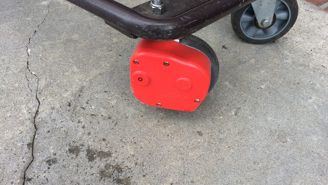Ingles is employing anti-theft devices on carts at its Tunnel Road store in Asheville.