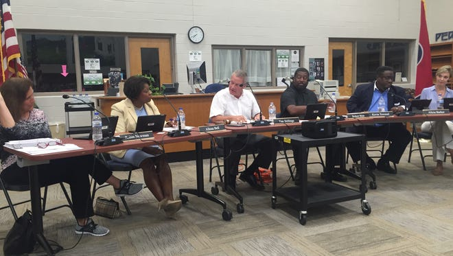 The Franklin Special School District school board discusses raising the rate for unused sick days for retiring teachers.