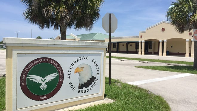 Indian River County School Board members on Tuesday supported aproposal to add new technical programs and build onto the Technical Center for Adult & Career Education near Gifford Middle School.