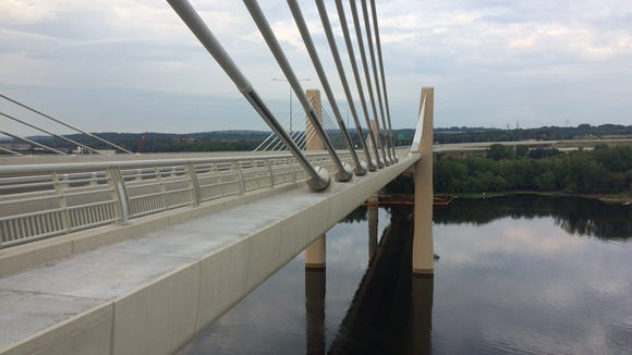 A new bridge between Houlton and the Stillwater has