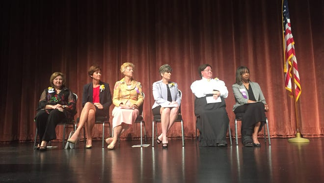 Left to right: Alicia Claypool, Kim Reynolds, Christine Hensley, Joni Ernst, Margaret Obanion, Doris Ramsey.