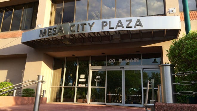 Five District 3 residents were narrowed down from 33 applicants to fill the Mesa City Council vacancy left by Ryan Winkle, who was kicked off the city council for a DUI.