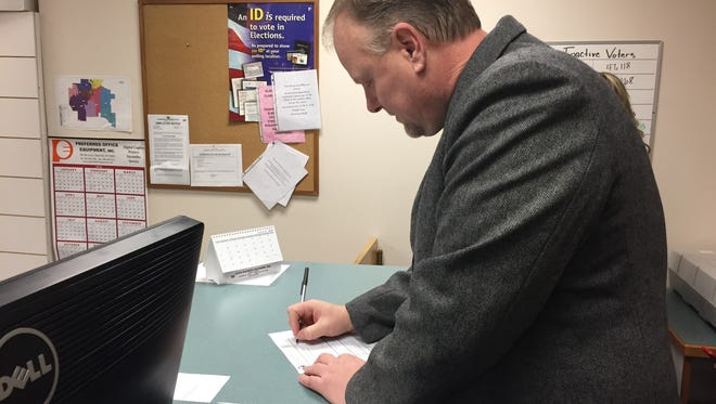 Lt. Bob Rosipal files for Cascade County sheriff on Jan. 17.