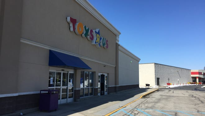 The Toys R Us in West Manchester Township offered discounts in March before closing.