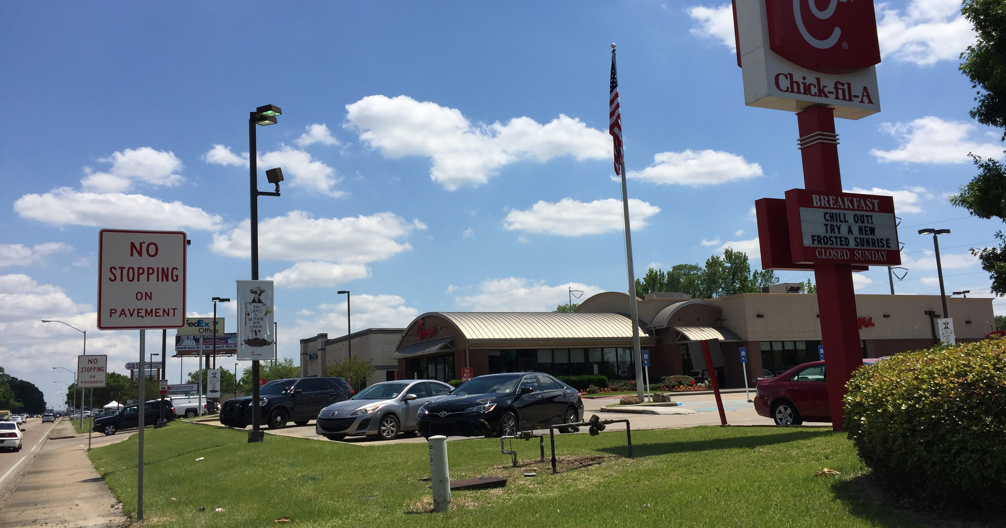 Chick-fil-A wants to unclog its drive-thru, too
