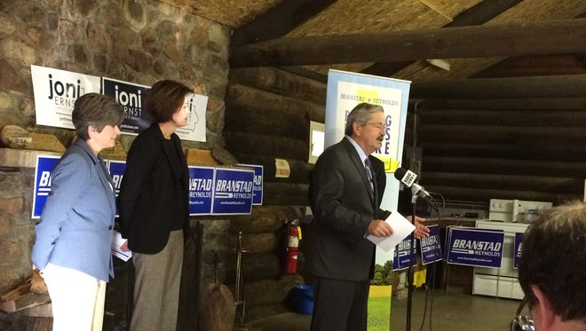Gov. Terry Branstad speaks at a campaign stop in Boone.