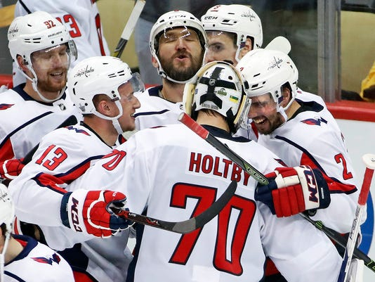 Capitals_Over_the_Hump_Hockey_71735.jpg