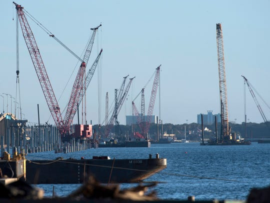 Construction on the replacement bridge over Pensacola