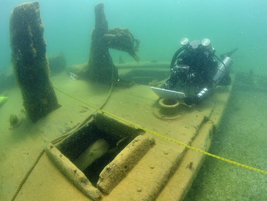 Divers with the Wisconsin Historical Society survey