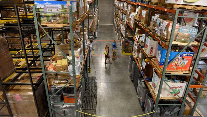 Feeding South Dakota's new 45,000-square foot building in northwest Sioux Falls. The new building includes a warehouse with more room for both dry and refrigerated food, plus space for volunteers and a food pantry.