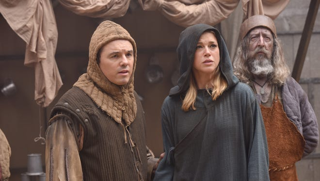 Seth MacFarlane and Adrianne Palicki as Ed and Kelly on 'The Orville.'