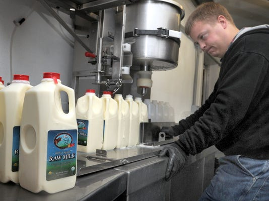 Raw milk sickens more than widely reported, study says