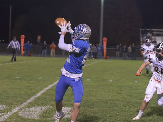 Brandon Shutler will catch passes and hopefully some touchdowns from his old QB on Saturday.