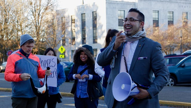 Oregon Rep. Diego Hernandez (D-Portland) rallies for Congress to pass a clean Dream Act along with Salem-Keizer students at the Oregon State Capitol on Wednesday, Dec. 6, 2017.