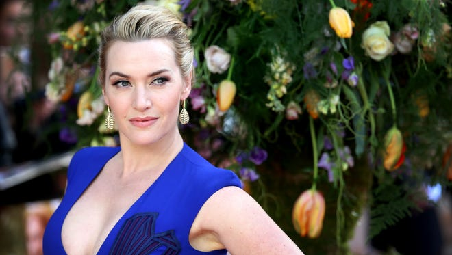 Actress Kate Winslet attends the UK premiere of 'A Little Chaos' at ODEON Kensington on April 13, 2015 in London, England.