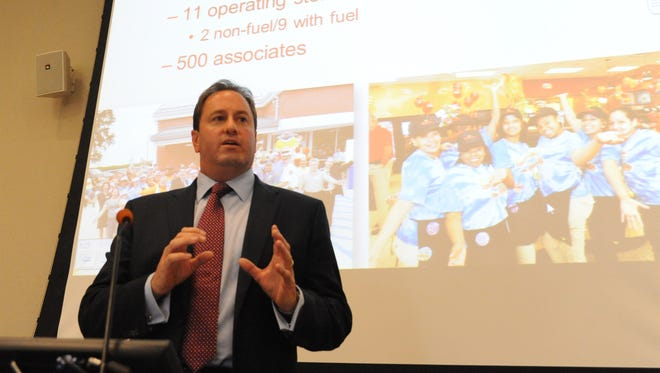 Chris Gheysens, president and CEO of Wawa, speaks at Cumberland County College in 2013.
