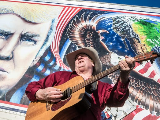 Kraig Moss, sings a song in support of Republican presidential