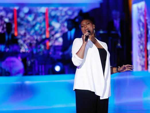 "Queen Latifah performs onstage at VH1's ""Dear Mama"""