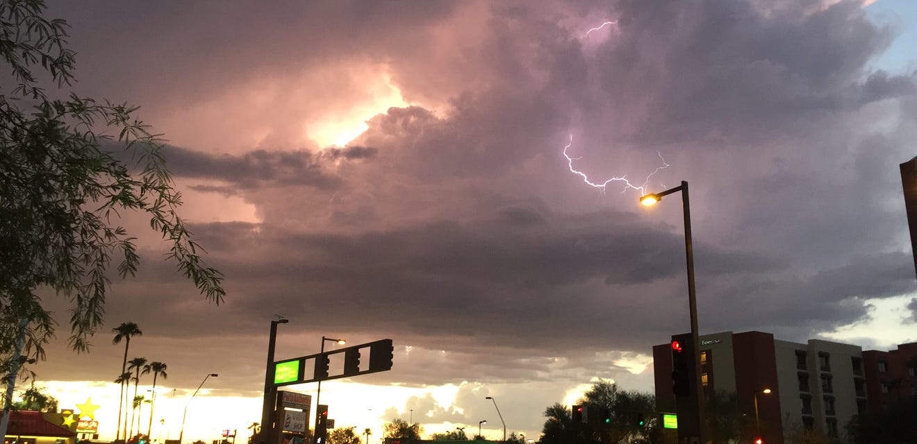 Lightning near Priest and Baseline, August 31, 2015