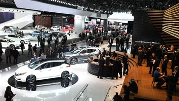 Big and bold dominate the Detroit Auto Show
