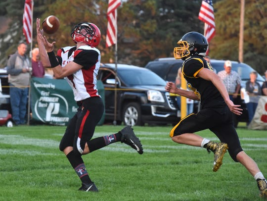 Dell Rapids St. Mary Weston Geraets (9) catches the