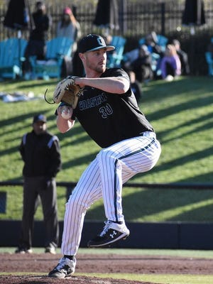 Former Grove City pitcher Chase Antle has signed a free-agent contract with the Philadelphia Phillies. Antle graduated from Grove City in 2015 and then pitched for Bowling Green and Coastal Carolina.