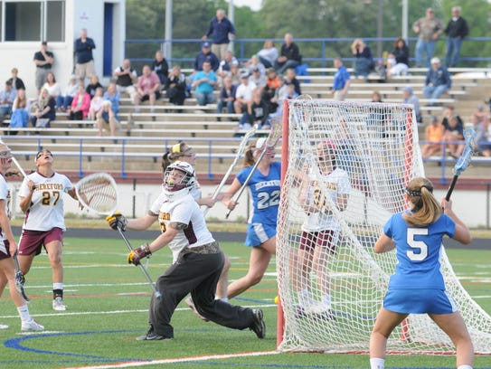 Stephen Decatur's Lexie VanKirk scores the game-winning