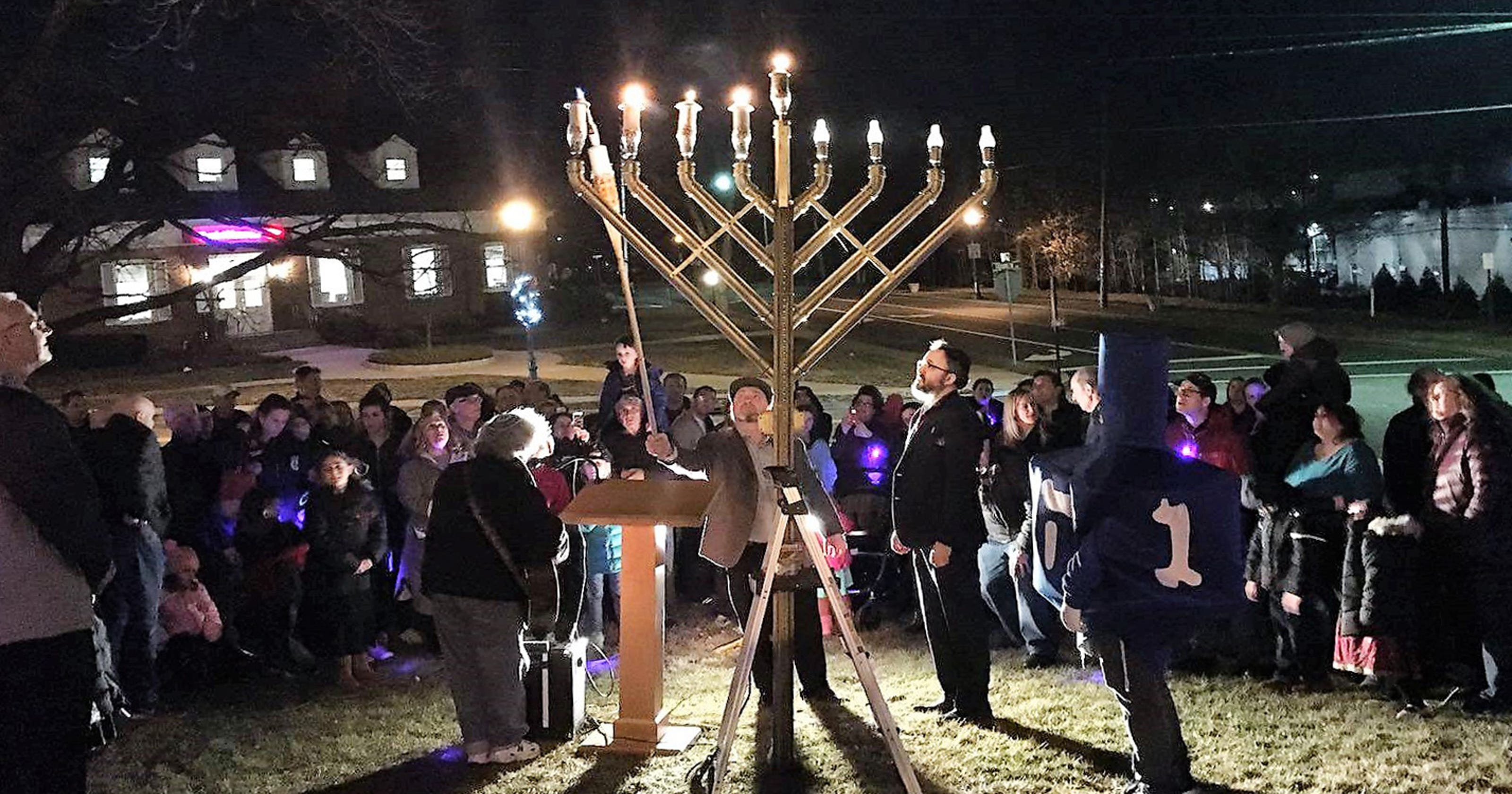 Menorah Lighting Games Latkes And Music Come To Downtown Glen Rock