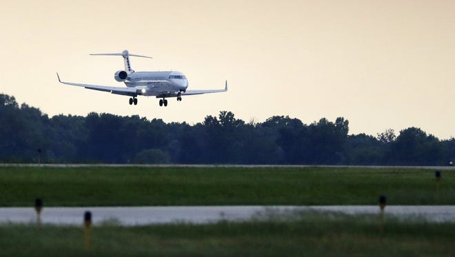 An American Airlines flight lands Friday at Appleton International Airport in Greenville. Danny Damiani/USA TODAY NETWORK-Wisconsin