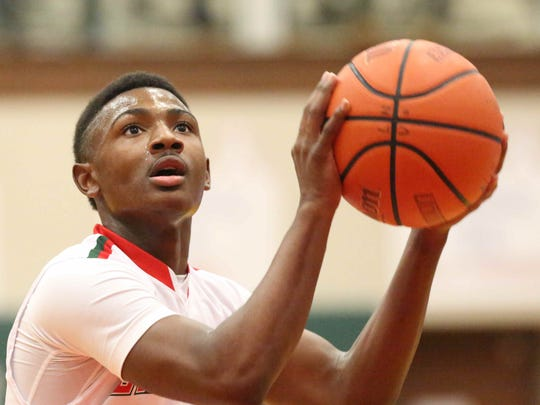 Antwaan Cushingberry will once again handle the point for Lawrence North in 2016.