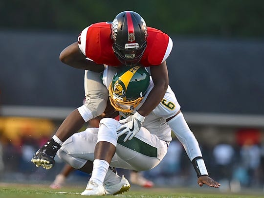 Mount Healthy's Lonnie Phelps Jr sacks Taft's Clevaland