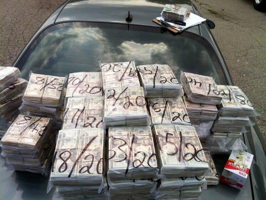 636029106198755197-cash.jpg