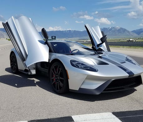 Ford GT's twin-turbo V-6, state-of-the-art aerodyn...