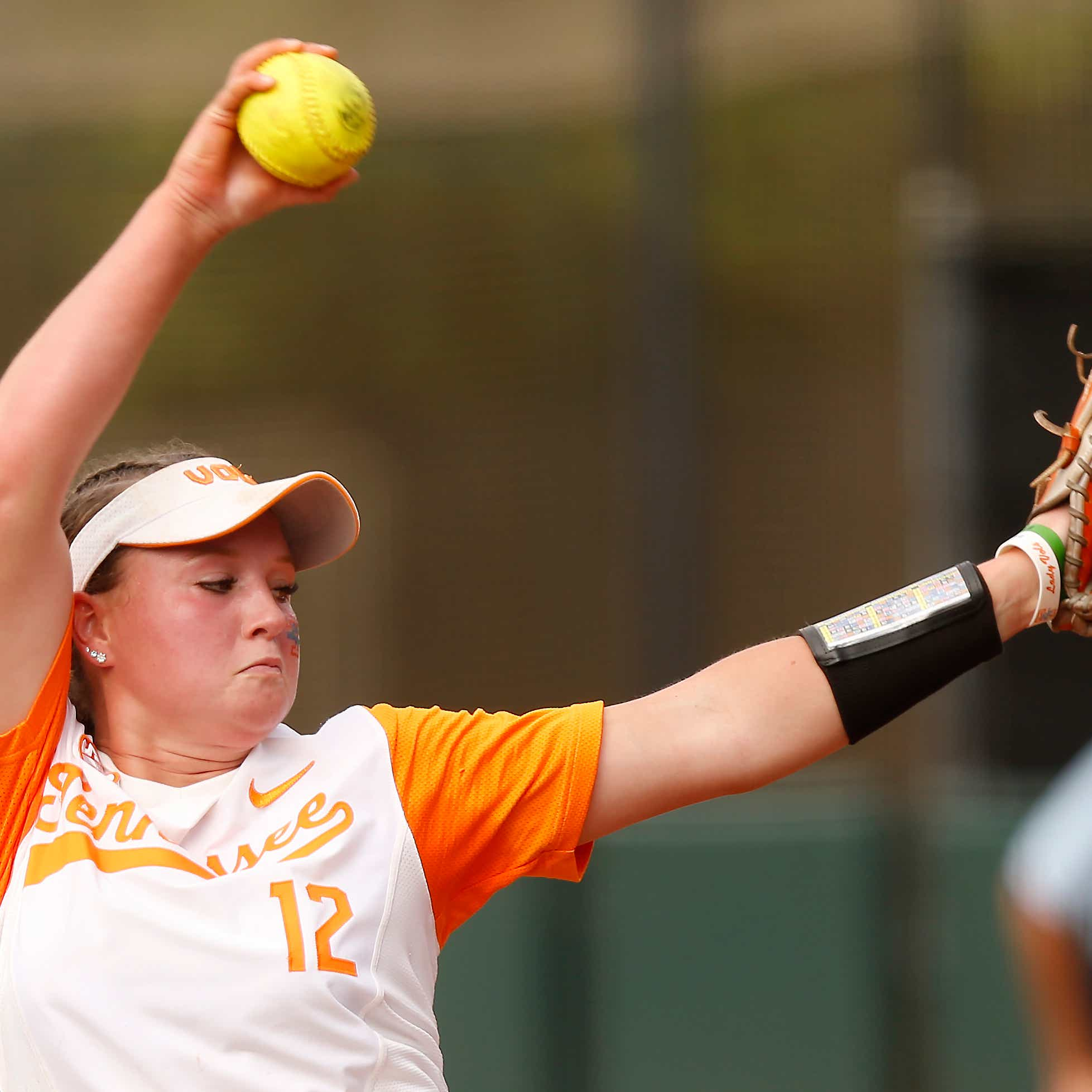Tennessee's Caylan Arnold throws the ball during an