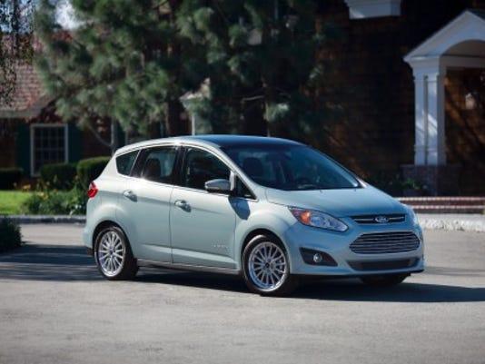 2014 Ford C-Max Hybrid.jpeg