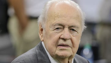 Tom Benson, owner of Saints and Pelicans, dies at age 90