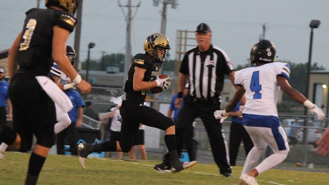 Whitewright's Kayden Carraway ran for three touchdowns to go with a TD pass in a non-district win over Redwater.