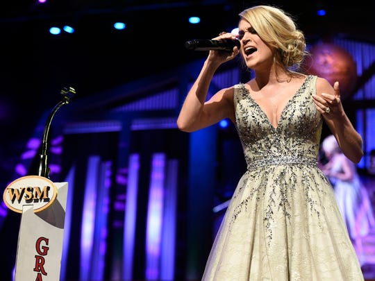 Carrie Underwood will end 2015 with approximately 1