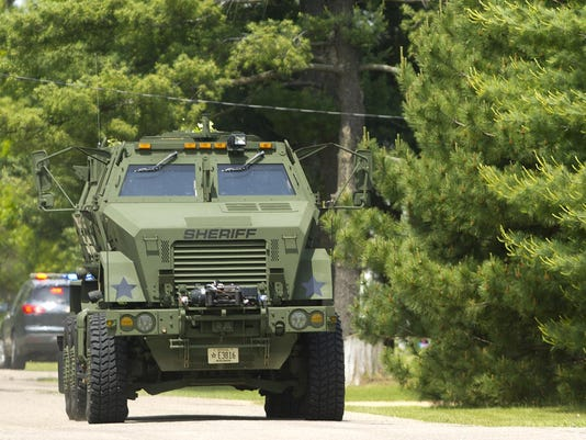 zSPJ Armored Vehicle 02