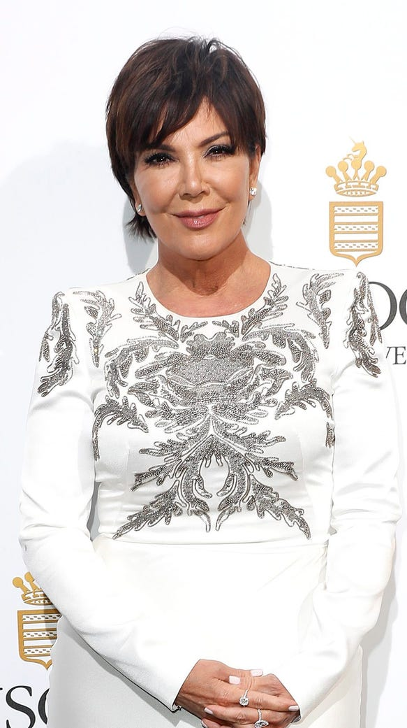 Kris jenner wants her 39 kardashian 39 last name back for What s up with the kardashians
